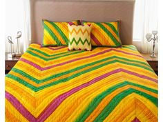 Multicolour Hand Qulited Bedspread with Patch Border Quilted Bedspreads, Bed Spreads, Comforters, Blanket, Shopping, Furniture, Home Decor, Creature Comforts, Quilts