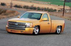 2007 Chevrolet Silverado - Golden Pearl..