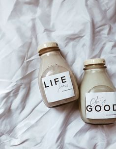 (no text)(no text) Milk Packaging, Coffee Packaging, Bottle Packaging, Aesthetic Coffee, Brown Aesthetic, Aesthetic Food, Bubble Milk Tea, Coffee Photography, Cafe Food