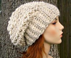 """Crochet Pattern: Souffle Beret Hat Finished Size: Will fit head circumference of 20"""" to 23"""" (50.5 to 58 cm) Yarn: roughly 106 yards (97 m) of super bulky yarn. I like Lion Brands Wool Ease Thick & Quick, one skein of this yarn is just enough to make 1 hat. Some colors have less yardage. Crochet Quick Crochet, Hand Crochet, Crochet Hooks, Knit Crochet, Free Crochet, Unique Crochet, Crochet Granny, Slouchy Beanie Pattern, Crochet Slouchy Hat"""