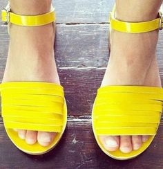 30 perfect spring shoes that make your feet look gorgeous