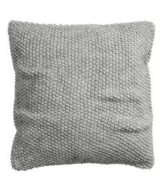 Moss-knit cushion cover with a woven cotton backing and a concealed zip. Knitted Cushion Covers, Grey Cushion Covers, Knitted Cushions, Decorative Pillow Covers, Throw Pillow Covers, Throw Pillows, Home Decoracion, Grey Pillows, H&m Home