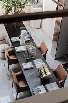 当代气质住宅-序赞网 Contemporary Beach House, Contemporary Interior Design, Shop Interior Design, Hotel Interiors, Office Interiors, Sofa Furniture, Furniture Design, Modern Stoves, Hotel Architecture