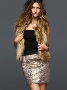 Victoria's Secret Holiday Party Outfits - Let these ace supermodels guide you through the selection of the most dazzling party look. The Victoria's Secret Holiday Party Outfits presented below would suit all events as well as silhouettes therefore take advantage of this rich parade of alternatives and guarantee your flawless success throughout the festive season.