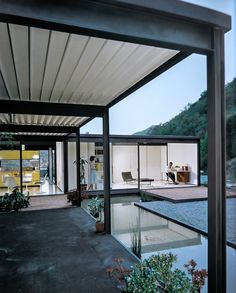 PIERRE KOENIG, The Bailey House, Hollywood Hills, CA 1957-1958. / Case Study House