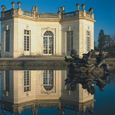 Versailles, Domaine de Marie-Antoinette - Le pavillon français : Photographie extérieure de Jean-Baptiste Leroux
