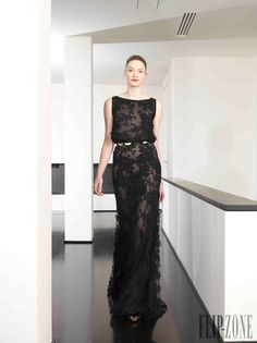 Dany Atrache - Couture - Spring-summer 2014 - http://www.flip-zone.net/fashion/couture-1/independant-designers/dany-atrache-4510