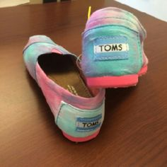 Brand new Toms New - Never worn purchased from Toms warehouse/ multi colored teen's slip ons  - Y13 in size TOMS Shoes