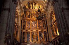 San Lorenzo de El Escorial Monastery Madrid pictures. Fotos de Madrid, Photos of Madrid, San Lorenzo de El Escorial. Photography gallery of San Lorenzo de El Escorial, Monasterio de El Escorial. Madrid. Basílica. Photo of Madrid, Spain. Travel Photography