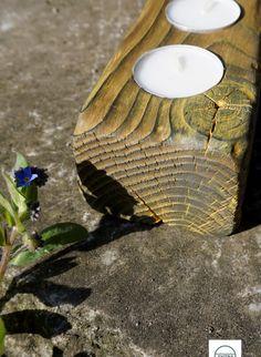 """Faszinierender Teelichthalter aus massivem Fichtenholz. Zur Herstellung wurde eine alte japanische Technik namens """"Shou Sugi Ban"""" verwendet, bei der das Holz stark verbrannt, dann aufwendig gereinigt und schließlich gefärbt wird. Stark, Tea Lights, Coconut, Candles, Burnt Wood, Cleaning, Schmuck, Tea Light Candles"""