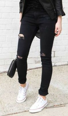 RIPPED MY BLACK SKINNY JEANS RIPPED WITH HOLES TRUE FIT SKINNY SIZE; 24, 25, 26, 27, 28, 29, 30, 31