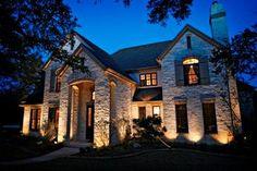 WHITE GREY PASTELS: Podświetlenie elewacji - Outdoor illumination