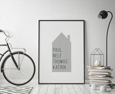 **Familienposter - Haus mit Namen, grau** - ein elegantes, schlichtes Familienposter individuelles mit den Vornamen aller Familienmitglieder. ***Bitte bei der Bestellung um Angabe aller...