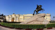 Несмотря на достаточно юный возраст — всего чуть более 300 лет, — Петербург успел обрасти городскими легендами. Портал «ЗаграNица» публикует десяток самых популярных заблуждений о Северной столице