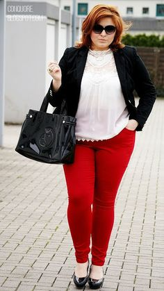 "Vestida para el trabajo. --- ""CONQUORE · The Fatshion Café 