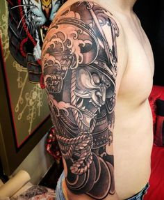 All you need to know about Japanese Tattoo Style – its' features, ideas & designs to tattooing. Pictures and unique photos of Japanese Tattoos. Japanese Warrior Tattoo, Japanese Tattoo Art, Japanese Tattoo Designs, Japanese Sleeve Tattoos, Best Sleeve Tattoos, Leg Tattoos, Body Art Tattoos, Tattoos For Guys, Warrior Tattoo Sleeve