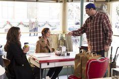 Gilmore Girls Reboot: Netflix to Turn Coffee Shops Into Luke's Diner