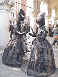 Carnival of Venice- different size hoola hoops under dress!