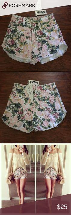 High waisted denim floral shorts New! Shorts Jean Shorts