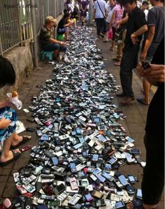 Secondhand  mobile phone market - China
