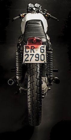 Moto Guzzi Imola V35 Cafe Racer by Yuri Moto #motorcycles #caferacer #motos | caferacerpasion.com