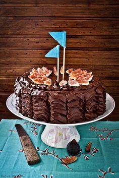 Chocolate Cake with Fresh Figs