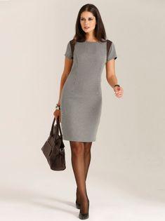 Un impecable vestido con el que lucirás siempre elegante y femenina, por lo que se convertirá en una pieza clave de tu vestuario. Vestido de cómodo escote - Venca - 145388