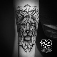 ➕RO.TATTOO➕by Robert Pavez • #design #geometric #lion • using #eikondevice coil…
