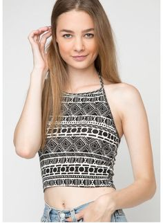 crop top black and white