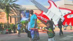 Rock'n Roller Coaster. Só para quem entende de música.