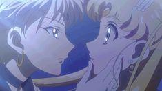 Sailor Urano &Sailor Moon kiss