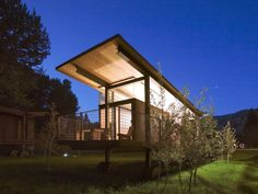 Rolling Huts (Winthrop, United States) A series of six modernist huts created by Tom Kundig of Olson Kundig Architects, the Rolling Huts look like rustic case study homes, a herd of designer cabins that just may exemplify the term & Structure Metal, Small House Design, Home Design, Interior Design, Metal Buildings, Prefab Homes, Prefab Cabins, Bungalows, Berg