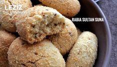 Susamlı Hindistan Cevizli Kurabiye nasıl yapılır? Susamlı Hindistan Cevizli Kurabiye Tarifi için malzeme listesi, kalori bilgisi, detaylı anlatımı, tarife ait fotoğraf ve yapılış videosu için tıklayınız. (370 kalori) Gönderen: Rabia Sultan SUNA Homemade Beauty Products, Muffin, Food And Drink, Make It Yourself, Chocolate, Eat, Breakfast, Desserts, Recipes