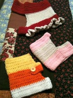 Miss Julia's Vintage Knit & Crochet Patterns: Free Patterns - 30 Going to the Dogs in Knit, Crochet & Crafts