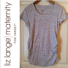 """LIZ LANGE Maternity S/S Top! small Here I have is a cute """"Liz Lange Maternity"""" s/s grey top by target -Size Small, this top will come free of any stains,,rips or fades!will only consider REASONABLE offersBUNDLE 3+clothing items & save 15%❌NO TRADES❌Thank You Liz Lange Tops Tees - Short Sleeve"""