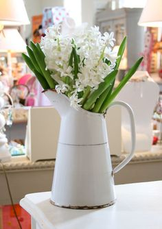 country flowers / more white pitchers...