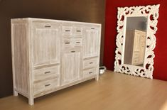 Come decapare un mobile - How to pick up a piece of furniture White Washed Furniture, Cleaning Wood, Dremel, Chalk Paint, Armoire, Decoupage, Diy And Crafts, Sweet Home, Shabby Chic