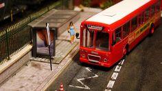 Autobús Pegaso EMT Madrid. Escala H0.  Imágenes del autobús urbano de la EMT de Madrid con publicidad de una conocida central lechera. Escala H0.