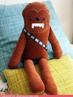 Chewbacca Soft Toy Sewing Pattern.......I now own a sewing machine so this is going to HAPPEN!
