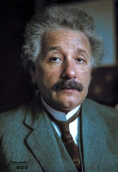 14 incredible photographs of one of the world's most famous scientists of all time, Albert Einstein. There are very few people that do not know of this man or of his theory of relativity and the equation E=mc² and now you can see it all in color! Young Johnny Depp, Modern Physics, Theory Of Relativity, E Mc2, The Future Is Now, Quantum Mechanics, Portraits, Physicist, Science