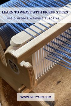 Learn To Weave with Pickup Sticks in this rigid heddle weaving tutorial by Liz Gipson of Yarnworker. Weaving Projects, Weaving Art, Weaving Patterns, Loom Weaving, Hand Weaving, Cricket Loom, Braided Rag Rugs, Pick Up Sticks, Spinning Yarn