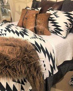 Aztec Bedroom, Southwest Bedroom, Southwest Decor, Aztec Bedding, Southwestern Bedding, Dream Bedroom, Home Decor Bedroom, Rustic Apartment Decor, Bedroom Ideas