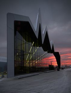 cjwho:  Riverside Museum by Zaha Hadid Architects | Photography: Martin Currie