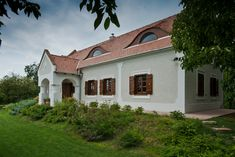 Szentbékkálla - tervező: Mérmű Építész Stúdió Design Case, Traditional House, Country Living, Hungary, Countryside, House Plans, Cottage, Mansions, Architecture