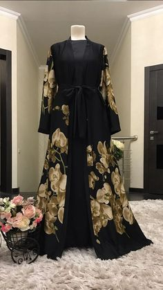 Orchid 2 piece set is a perfect mix of contemporary and traditional wear. A sleeveless dress with a robe is a must have piece in your wardrobe. Fabric: Silk blend Size: S, M, L Colour: Black/Beige Orchids, Beige, Silk, Brown, Casual, Fabric, How To Wear, Color, Black