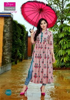 Indian Bollywood Stylish Cotton Kurta Kurti Women Ethnic Design Dress Top Tunic in Clothing, Shoes & Accessories, World & Traditional Clothing, India & Pakistan Simple Kurti Designs, Kurta Designs Women, New Designer Dresses, Indian Designer Outfits, Indian Fashion Trends, Stylish Dresses For Girls, Stylish Dress Designs, Mode Bollywood, Kurti Embroidery Design