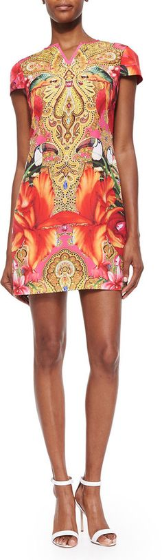 With its paisley and tropical toucan-print dress in stretch jersey and High split neckline this Ted Baker London Paisley Toucan Printed Shift Dress is quintessentially a Celebrity Casual date night look.