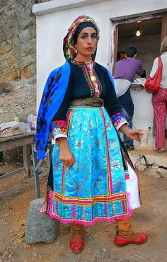 *GREECE ~ At Festivals on the Greek island of Karpathos, many of the women wear their traditional clothes (dresses). Traditional Fashion, Traditional Dresses, Costumes Around The World, Art Populaire, Ethnic Dress, Folk Costume, Beautiful People, Karpathos Greece, Women Wear