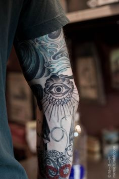 if i ever get a sleeve, it most definitively will contain the all-seeing eye
