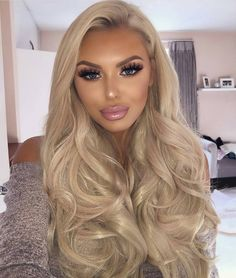 Human hair wig/Wigs/Human hair wigs/lace front wig/Wig/Human hair/Lace Wig/Lace Front Wig//wigs for women/Full lace wig/Wigs for white women Echthaar Perücke/Perücken/Echthaar Perücken/Spitze vorne Blonde Hair Shades, Blonde Hair Makeup, Blonde Wig, Blonde Beauty, Blonde Color, Blonde Highlights, Hair Beauty, Blonde Ombre, Ash Blonde